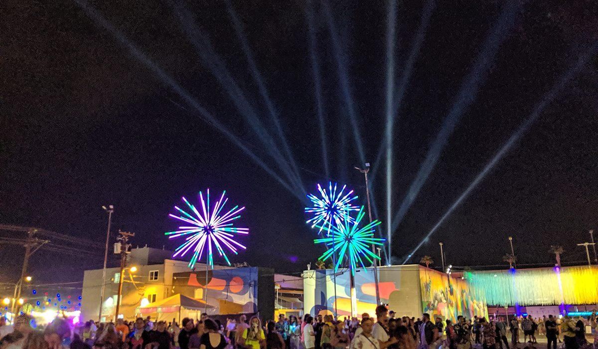 Electric Dandelions - LED Endless Fireworks